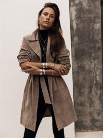 MOOST WANTED Selia suede coat
